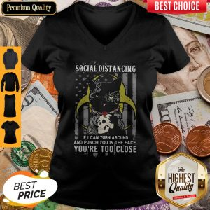 Independence Day Black Cat Hug Skull Rose Social Distancing If I Can Turn Around And Punch You In V-neck