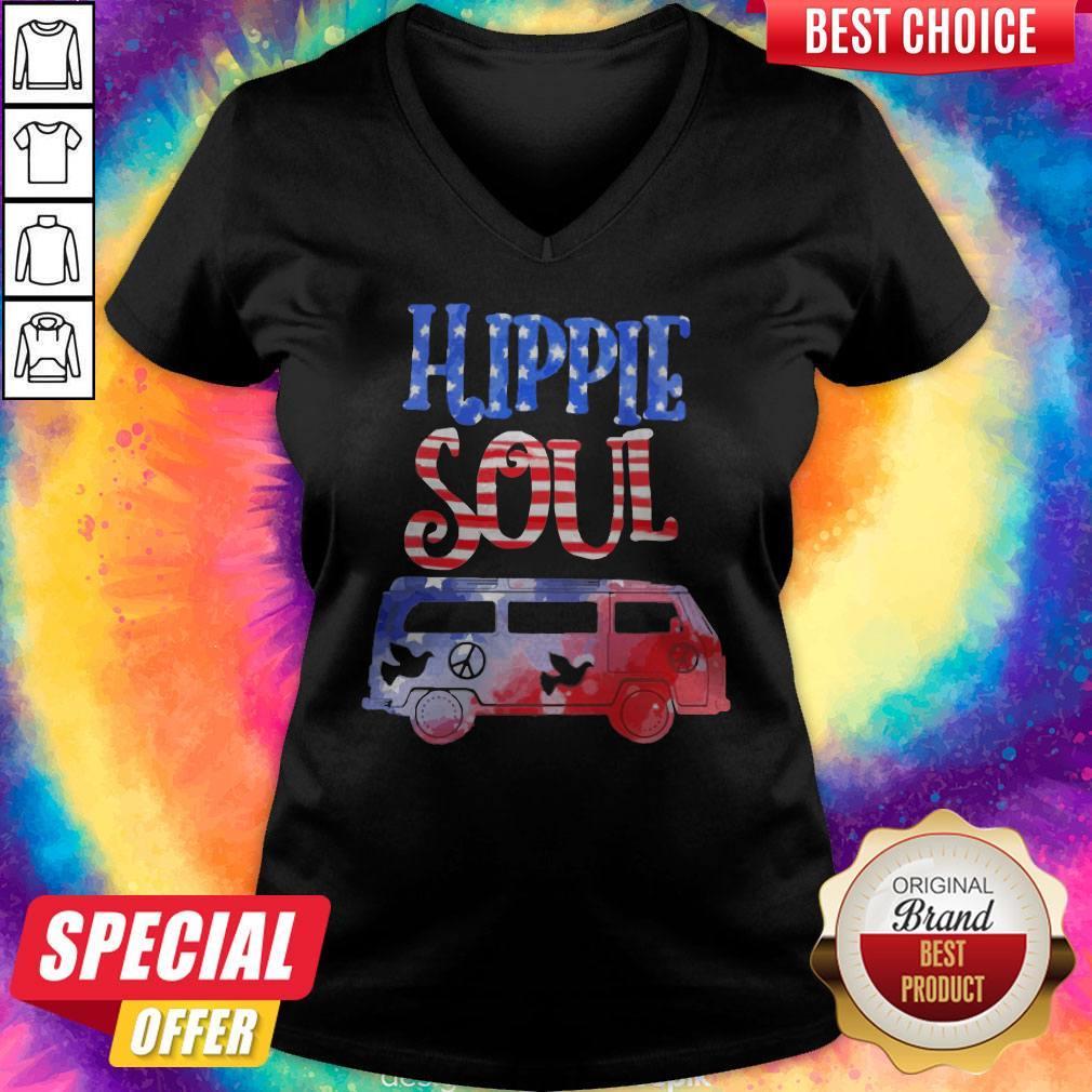 Official Hippie Soul Pigeon   V-neck