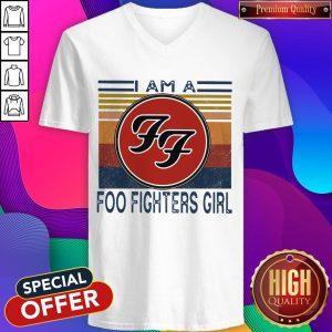 Top I Am A Foo Fighters Girl Vintage V- neck