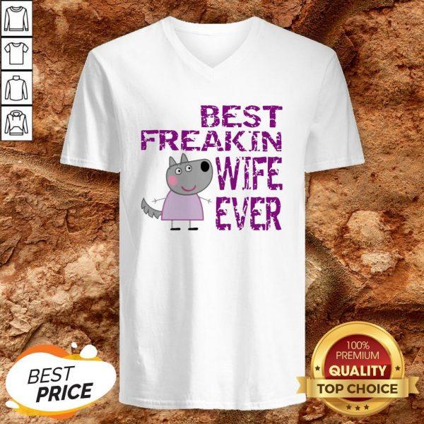 Peppa Pig Best Freakin Wife Ever V-neck