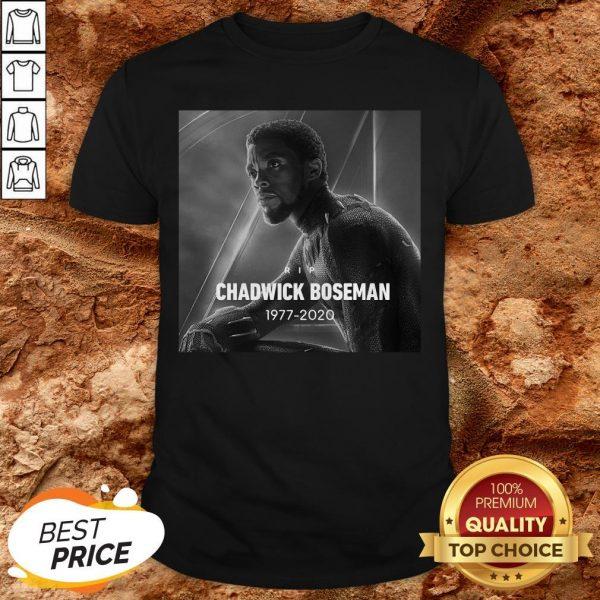 RIP Black Panther's Chadwick Boseman 1977 2020 T-ShirtRIP Black Panther's Chadwick Boseman 1977 2020 T-Shirt