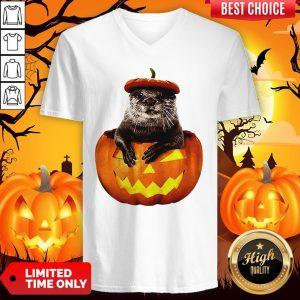 Halloween Otter Pumpkin V-neckHalloween Otter Pumpkin V-neck