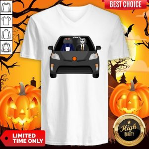 Invisible Man Family Drive In The Car Halloween Day V-neckInvisible Man Family Drive In The Car Halloween Day V-neck