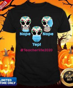 Funny Halloween Teacher Life 2020 Skull Head Wearing Mask T-ShiFunny Halloween Teacher Life 2020 Skull Head Wearing Mask T-Shirtrt