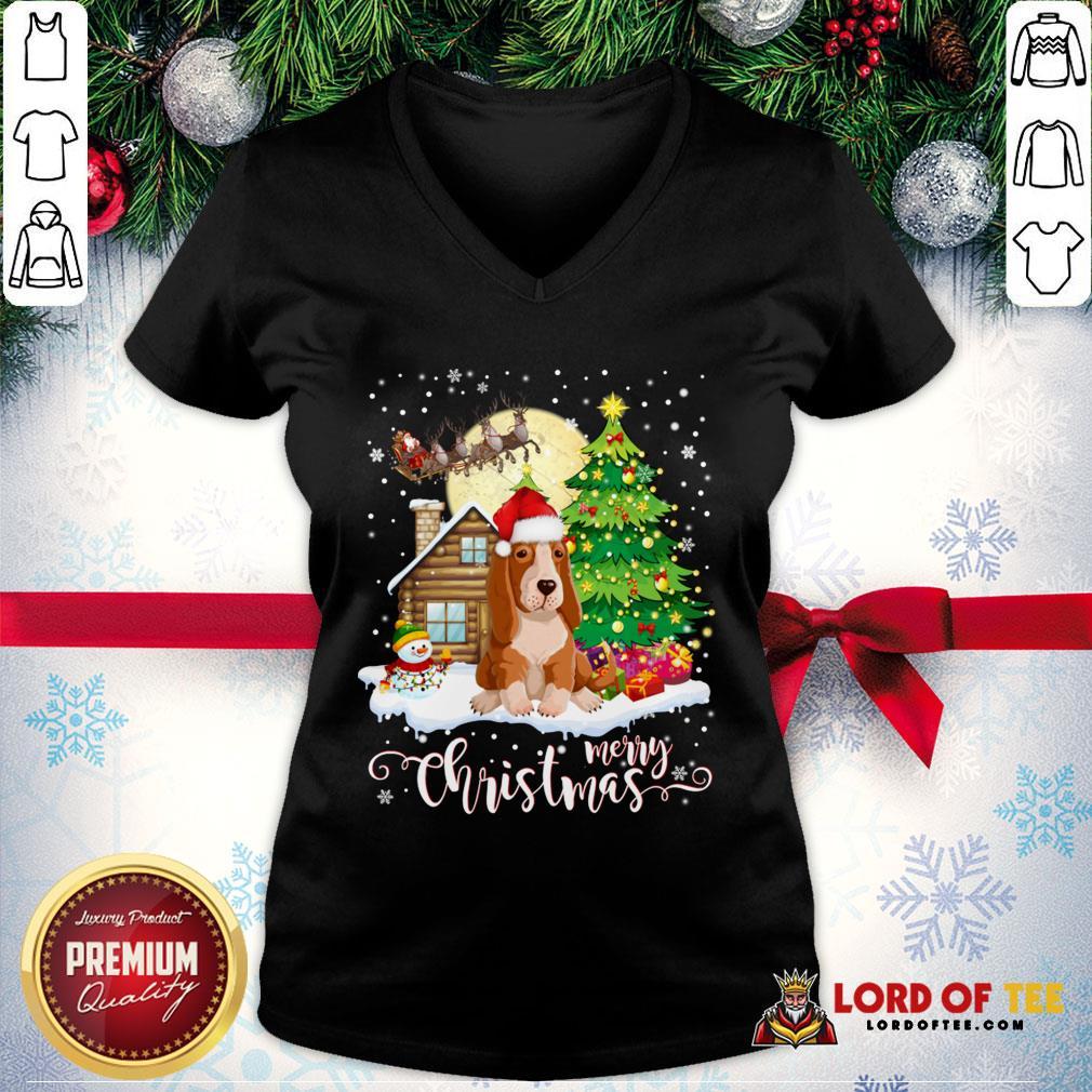 Basset Hound Merry Christmas V-neck