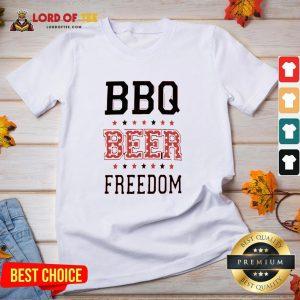 Funny BBQ Beer Freedom Flag US V-neck