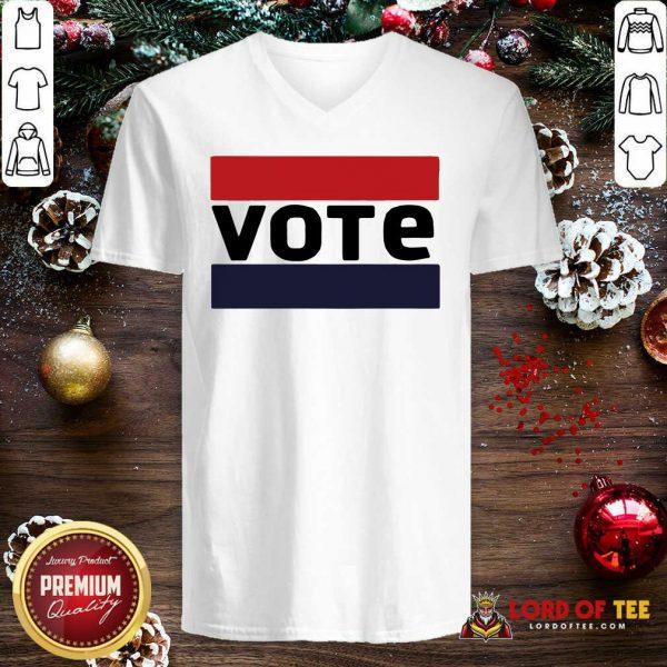 Sarah Hyland Vote V-neck