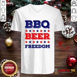 Good BBQ Beer Freedom Start V-neck