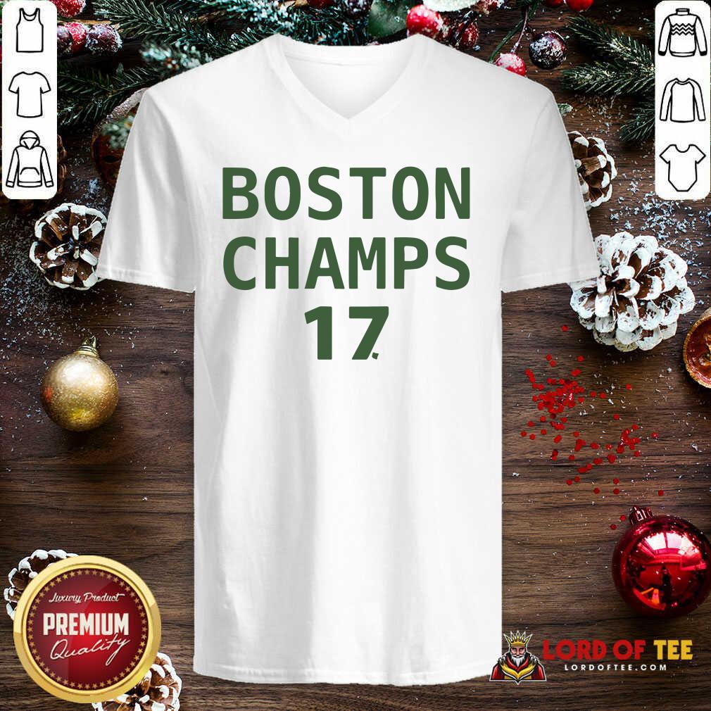 Boston Champion 17 V-neck