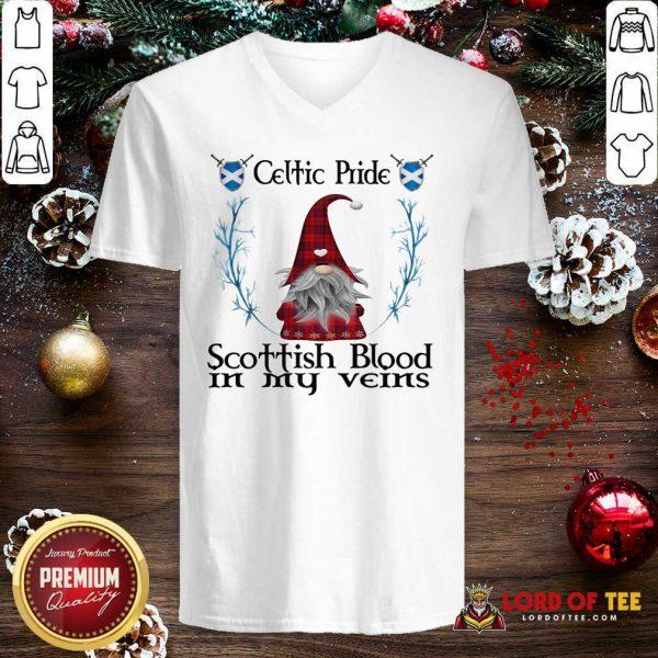 Gnome Celtic Pride Scottish Blood In My Veins V-neck