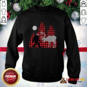 Top Plaid Bigfoot And Reindeer Moon 2020 SweatShirt
